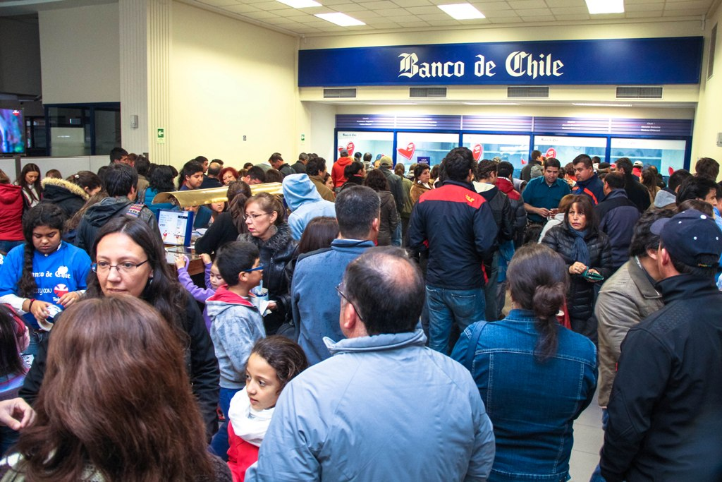 https://cronicanoticiosa.files.wordpress.com/2014/12/banco-de-chile-1.jpg